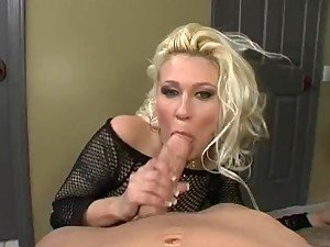 girls giving blowjob from BravoTube