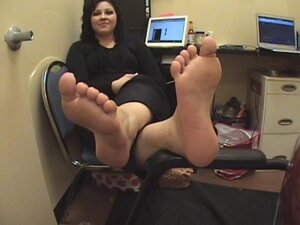 sexy feet fetish