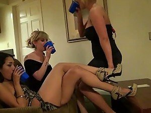 drunk girls fucked from BravoTeens